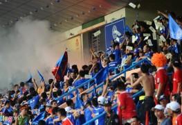 khán-đài-V-League