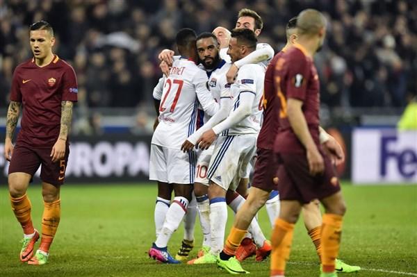 Besiktas vs Lyon, 02h05 ngày 21/4: Mãnh sư cảnh giác